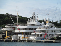 There are many motor yachts in Florida